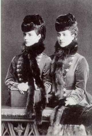 Sisters Princess Alexandra, the future Queen of the United Kingdom and Princess Dagmar of Denmark, future Empress of Russia. Hence the similarities of their sons, King George V and Tsar Nicholas II.  #Fitness #Diet