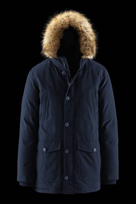 Man's parka with real down padding and faux fur hood border. A contemporary style that never goes out of fashion. Styles meets versatility. #urbanbrand #urbanwear #menstyle #menswear #urbanfashion #urbanoutfit #jackets #parka