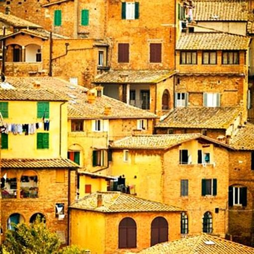 Siena, Italy - {Photo by Caracter Design}