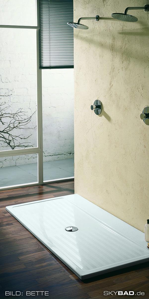 Fur Senioren Oder Behinderte Menschen Ist Eine Barrierefreie Und Ebenerdige Dusche Genauso Wichtig Wie Eine Behi Ebenerdige Dusche Dusche Barrierefreie Duschen