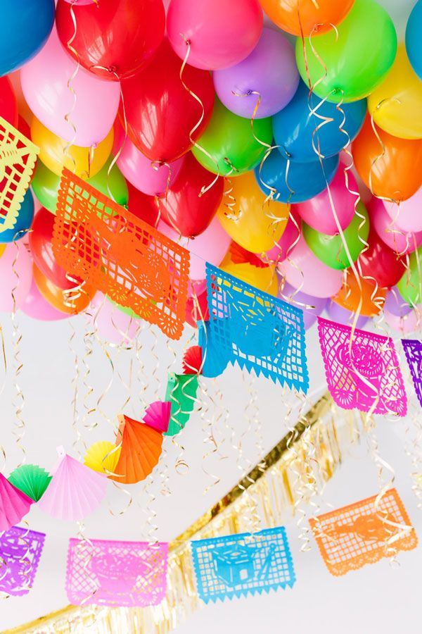 Whether you're planning a Cinco de Mayo party or just helping with the decor, we've got you covered! Here are 5 last-minute fiesta DIYs to jazz up your gathering. DIY Fiesta Balloon Ceiling for Cin...