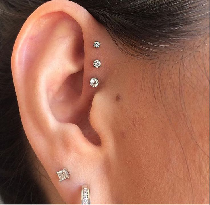 Saint Sabrina's, This epitome of triple-forward-helix perfection...