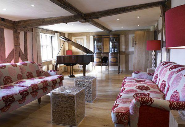 Tradycyjny angielski salon, salon w angielskim domu - zainspiruj się! Kolejny wpis z serii 'Domy w stylu- na blogu Pani Dyrektor - tym razem 500-letni dom z epoki elżbietańskiej.