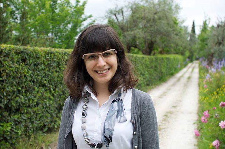 ALBANESE DONNA GIOVANE SECONDA GENERAZIONE  Diana Kapo è stata eletta Assessore del comune di Sesto Fiorentino.   Congratulazioni e buon lavoro da Albania News. - http://on.far.al/1WZy2Cv