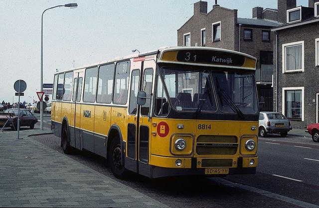 NZH 8814, Katwijk aan Zee, september 1982 by cklx, via Flickr