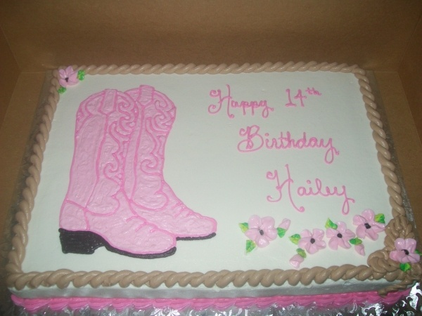 """This is the cake I want for my next birthday, minus the """"Happy l4th birthday Hailey!"""""""