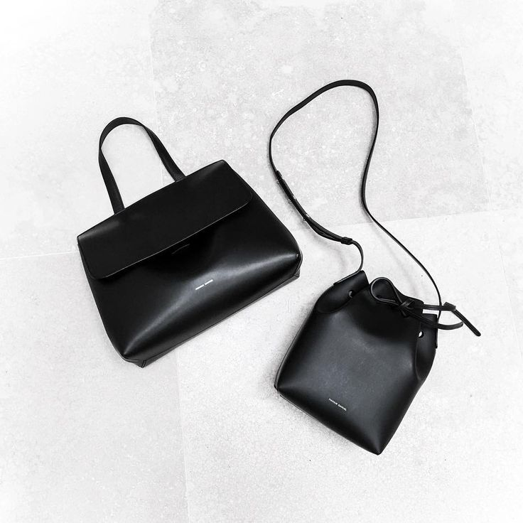 Find the perfect purse and treat yourself!  #purse #purses #handbag #bucketbag #bucket #shoulderbag #totalblack #accessories #bag #bags #handbag