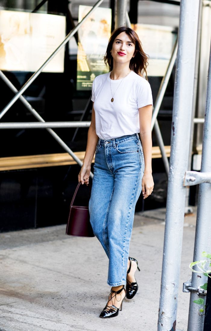 In need of some inspiring ideas for dressing up your favorite T-shirt? Take inspiration from some of our favorite fashion girls.
