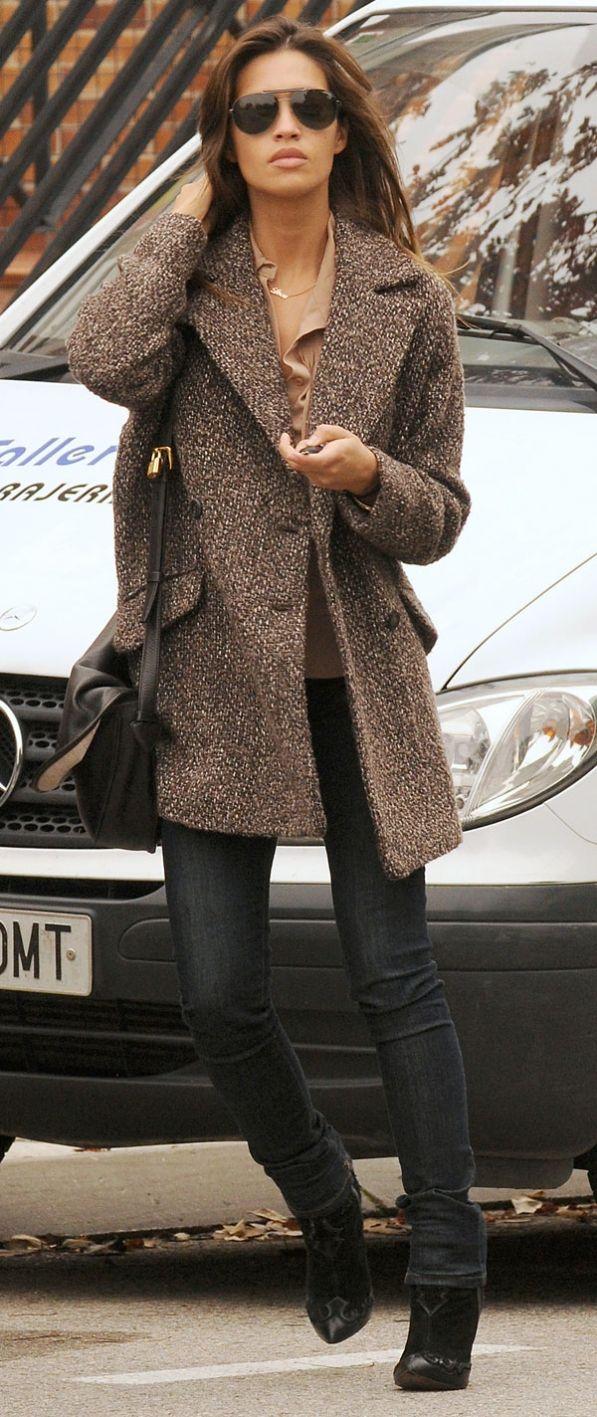 Sara Carbonero -tweed coat