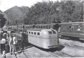 Estacion Coya año 1950 Cruce Autocarril y Tren de Sewell