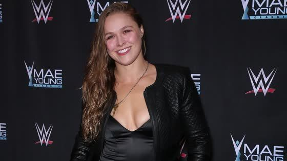 nice Newlywed Ronda Rousey Appears at WWE Event in Las Vegas