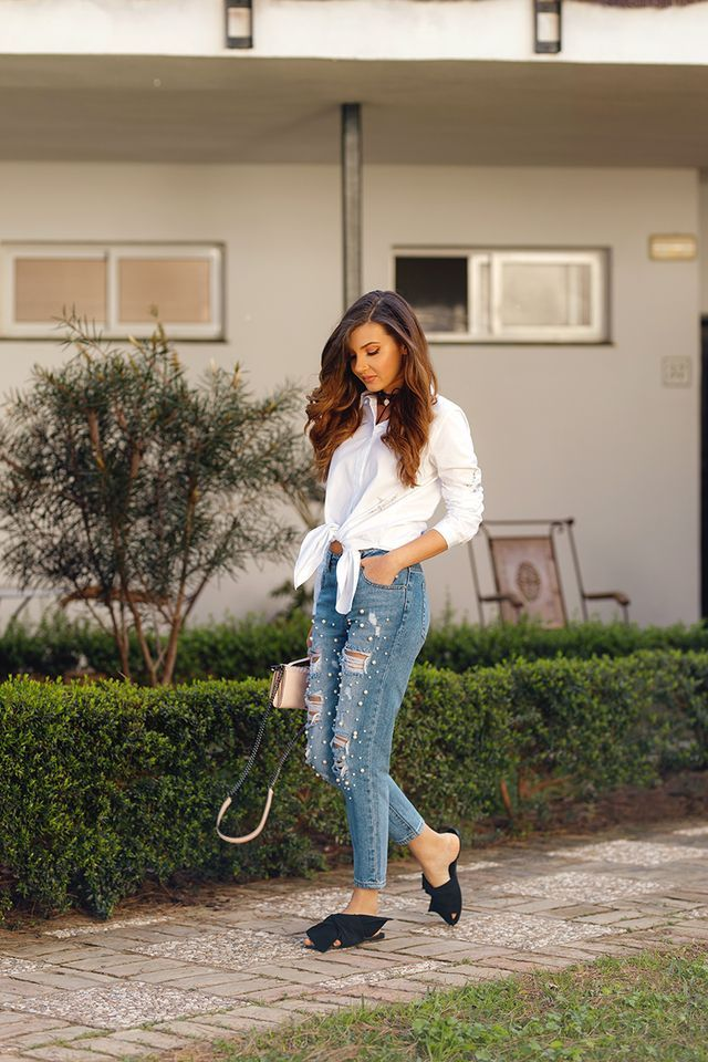 Trend alert: pearled jeans