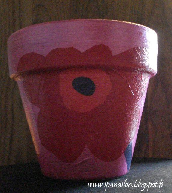askartelua: äitienpäivä, kukkapurkki, decupache crafts: mother's day, flower pot, decupache hantverk: mors dag, blomkruka, decupache http://ipanaaskartelua.blogspot.fi/2010/05/kukkapurkit.html