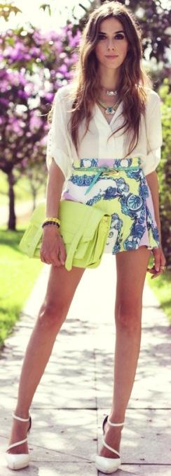 Summer #streetstyle | Print mini + neon  clutch