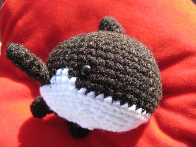Amigurumi Orca Whale : 17 Best images about Killer whales on Pinterest ...