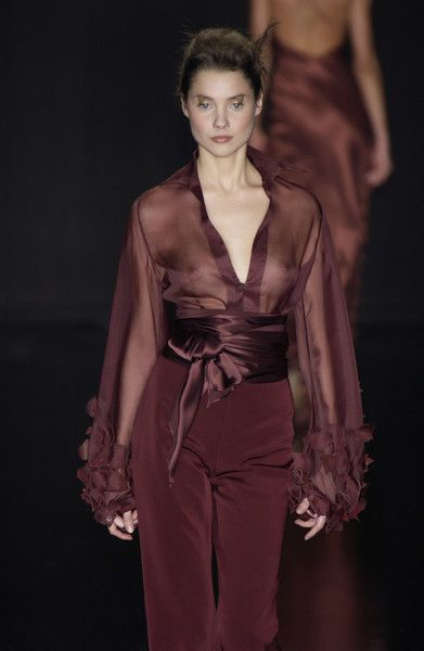 Silvia Tcherassi at Milan Fashion Week Fall 2003 - Runway Photos