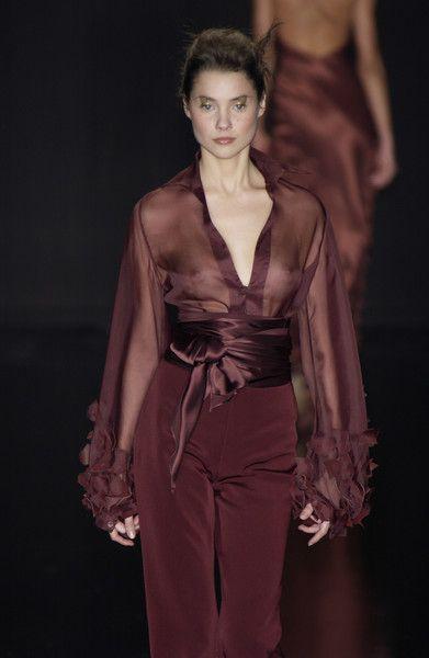 Silvia Tcherassi at Milan Fashion Week Fall 2003 - Runway Photos