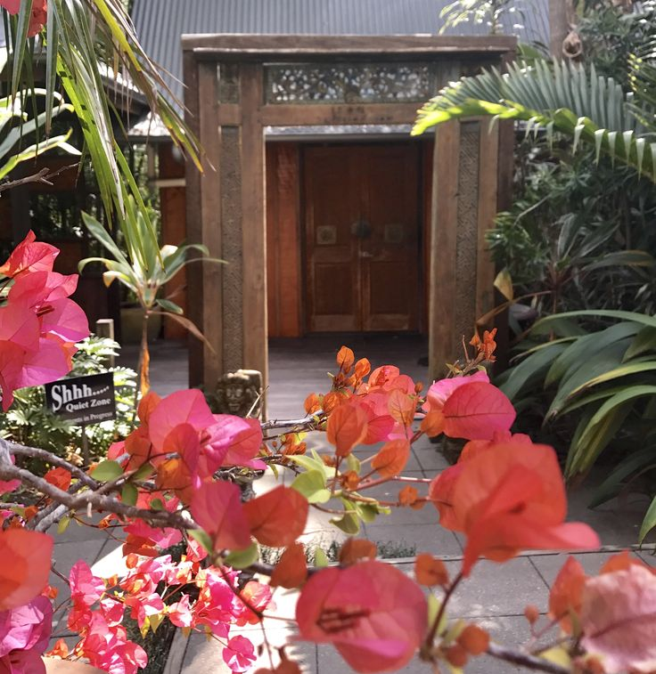 Welcome to ikatan Spa Noosa. Just like a Balinese Village.