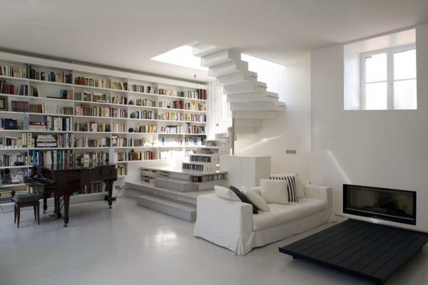 Exceptional white on white loft in Paris