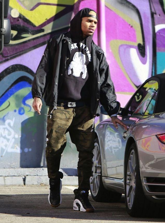 Chris Brown Los Angeles Raiders Jacket Black Pyramid Hoodie Camo Pants Reebok Es22 Sneakers