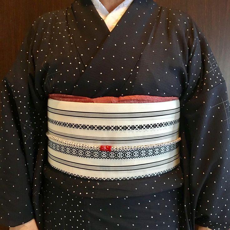 夏の着物のコーディネートです。 夏の博多帯がとても粋で…