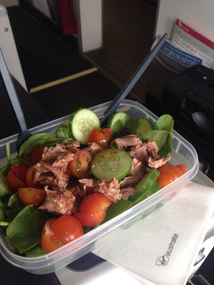 Spinach, cucumber, cherry tomato and tuna salad.