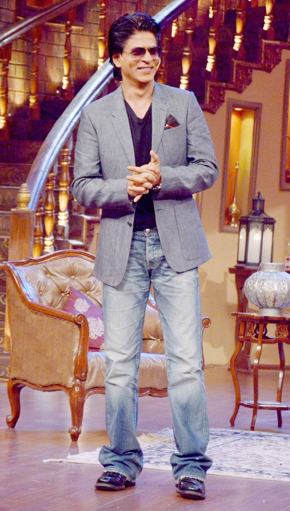 Shah Rukh Khan promoting Chennai Express on 'Comedy nights with Kapil' - July 2013