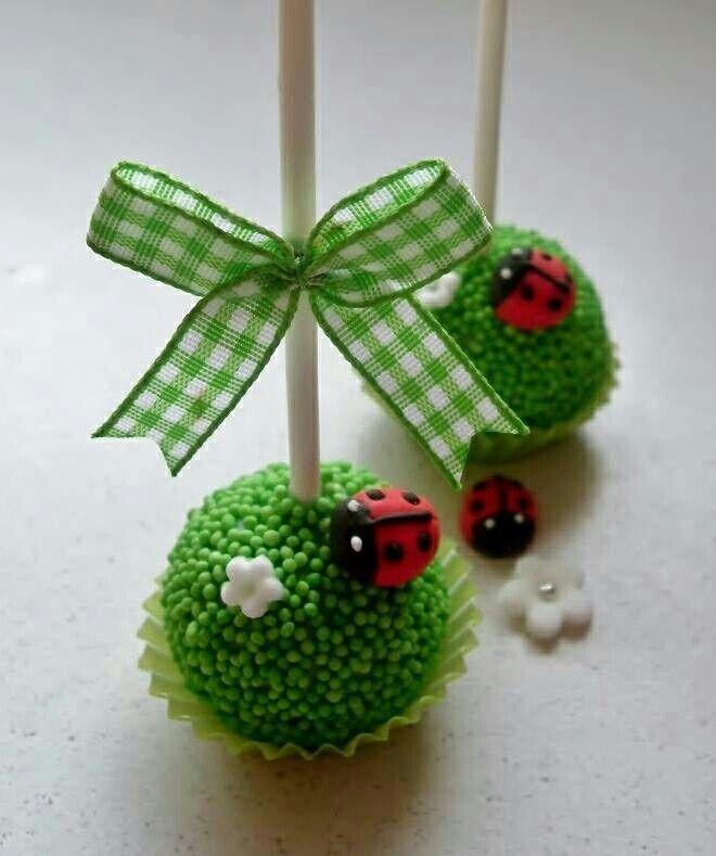 incredibly cute ladybug cake pop!
