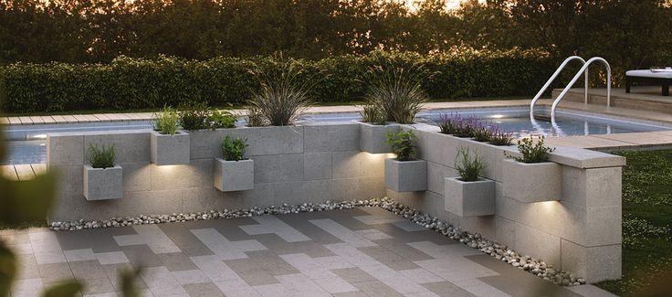 Mark & Mur Unika trädgårdar och stadsrum Vårt mark- och mursortiment står för valmöjligheter och kvalitet. Oavsett om det gäller den privata trädgården eller det offentliga rummet finns det ett gediget utbud och något som passar alla. Marksten, plattor, murar, dekorsten, kantstöd, trappor, miljö- och trafikprodukter, samtliga i vårt naturmaterial betong (och med några kompletterande …