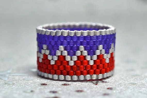 PEYOTE RING  Patriot by BeadSplashbyRobyn on Etsy
