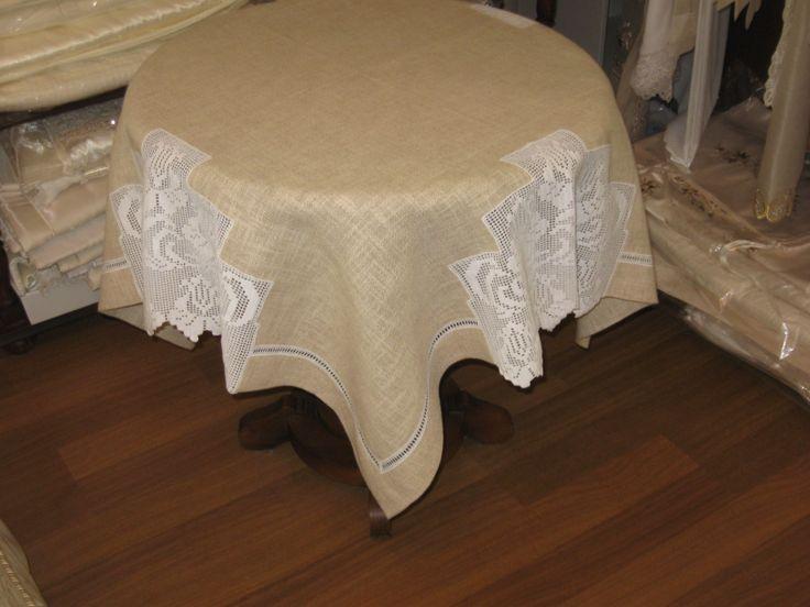 linen & lacework tablecloth