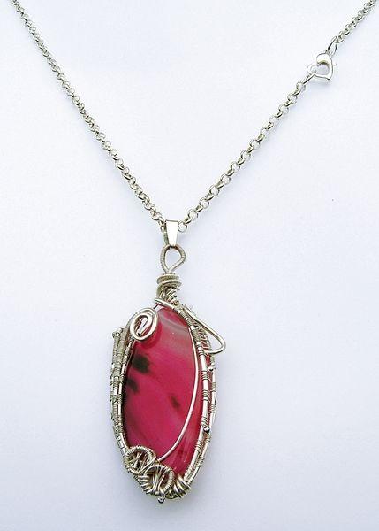 """bySHINE. """"RÓŻANY PĄK"""" MAGICZNY WISIOR w  Biżuteria ze Szczyptą  Magii * by SHINE na DaWanda.com"""
