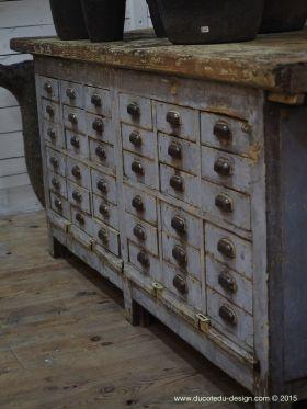 Meuble metier etabli industriel bois 36 tiroirs garage for Meuble cabinet industriel