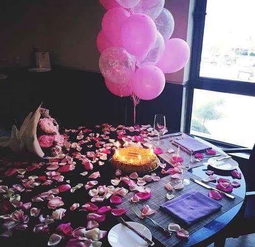 Pour ton anniversaire, mon coeur, je ne peux rien demander de mieux à la vie que de continuer à la partager avec toi...Partager les joies et parfois les peines, afin de multiplier par deux les premières et de réduire de moitié les deuxièmes... Joyeux anniversaire ! Je t aime mon chérie.