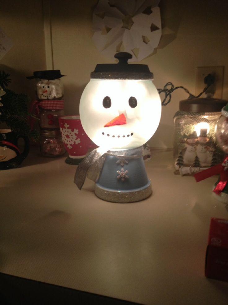 Snowman light i made using a glass globe terra cotta for Small snowman
