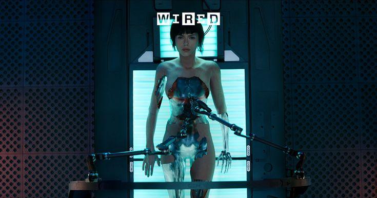 みずから「シンギュラリティ・サロン」を主催する宇宙物理学者・松田卓也が、「攻殻機動隊」の舞台となる「2029年」に至る道を考察する。これまで数々の映像作品が「人工知能の未来」を描いているが、20年以上前に日本で生まれた「攻殻機動隊」こそが、人類が進むべき道を示していると松田卓也は言う。日本AI界の伝道師が語る、2029年の機械と人間のあるべき関係とは。