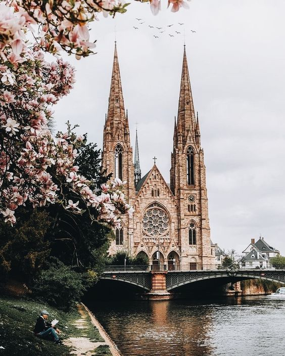 By Daniela Chelariu -- Weekday Wanderlust | Holiday Inspiration: The City of Strasbourg & the Village of Colmar -