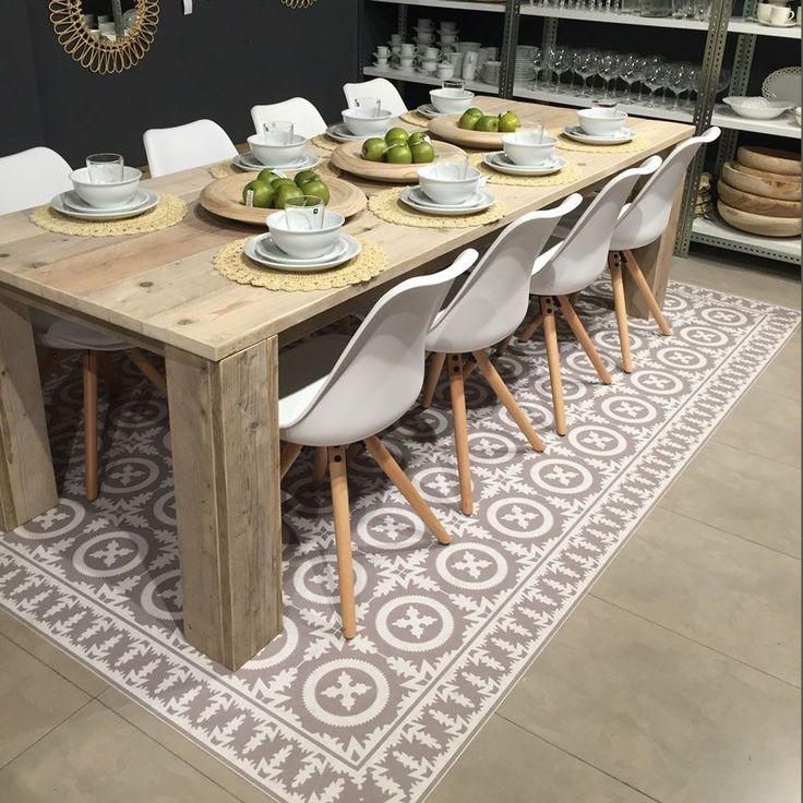 Alfombra diseño clásico ·Modelo Crusto_Beij· #adamaalma #alfombras #vinilo #design #baldosas #baldosashidráulicas #comedor #decor #decoración