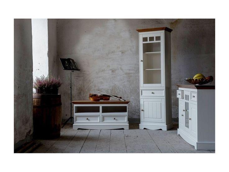 Priestranná vitrína Belluno Ellegante 2.2.3, dekor biela / dub, masív, borovica
