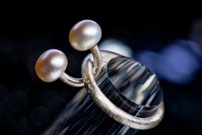 Silver and pearl ring designed for the mother of twins. Modern, minimalist, hand crafted