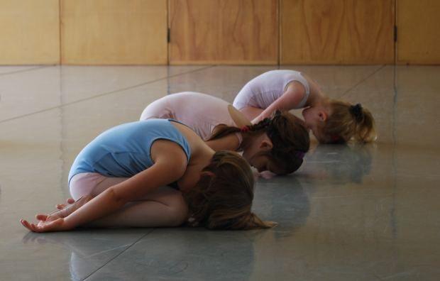 5 Buenas razones por las que tus hijos deben practicar Yoga