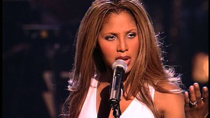 "Toni Braxton "" Un-Break My Heart "" (With David Foster) from Arista Records 25th Anniversary Celebration."