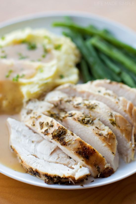 Creating a moist and flavorful oven roasted turkey is so incredibly easy! Just a few steps and key ingredients will create a beautiful and delicious bird!