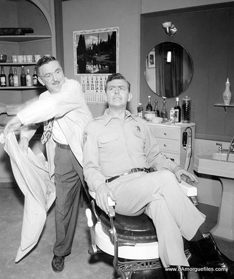 Howard McNear (Floyd the Barber) and Andy Griffith (Andy Taylor)