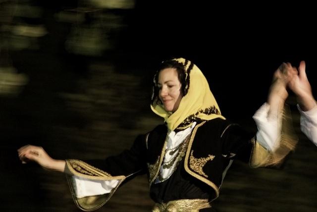 www.villsethnoatlas.wordpress.com (Grecy, Greeks) Greek traditional dance (59) by Thalia Nouarou, via Flickr
