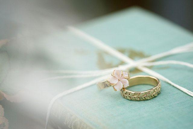 #trouwring #trouwringen #ringen #verloving #trouwen #bruiloft #inspiratie #wedding #engagement #ring #vintage #inspiration | Photography: Mon et Mine | ThePerfectWedding.nl