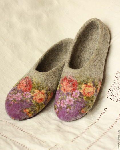 """Обувь ручной работы. Ярмарка Мастеров - ручная работа. Купить Тапочки """"Феодора"""". Handmade. Разноцветный, Тапочки ручной работы, подарок"""