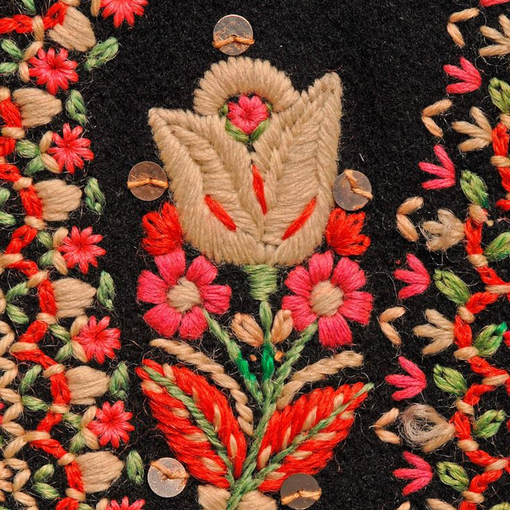 beautiful scandinavian embroidery