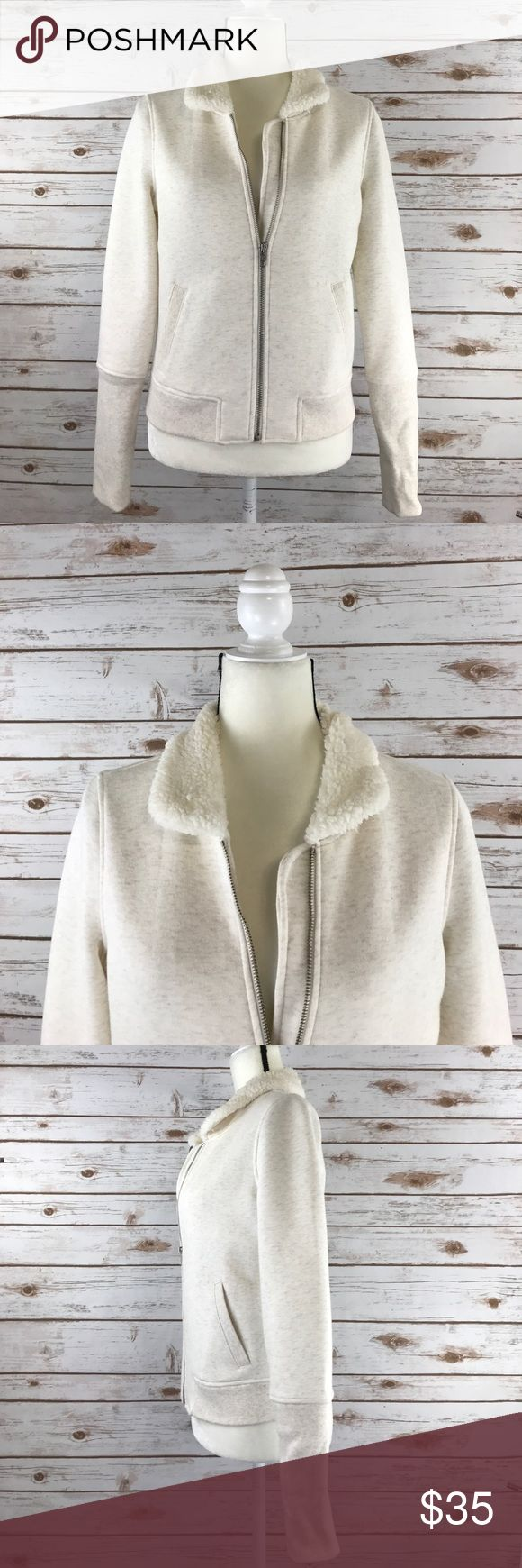 Anthropologie Saturday Sunday Fleece Collar Zip Up This is a Saturday Sunday for Anthropologie zip up sweater in a size small. This zip up is an off white color with a fleece trim collar and pockets in the front. Sweater is in excellent used condition. Thanks! Anthropologie Sweaters