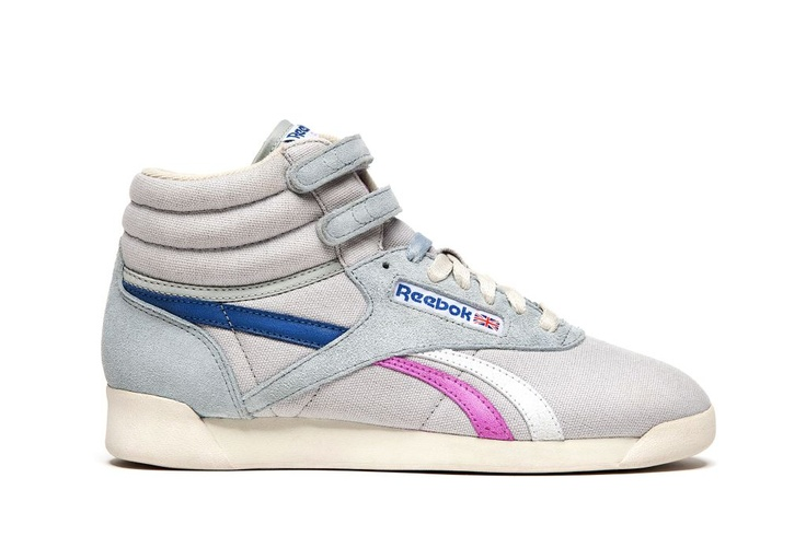 """La Reebok Freestyle è una scarpa donna in canvas e suede con velcro strap alla caviglia, punta arrotondata e silhouette affusolata, la perfetta sintesi tra un hi-top nato per l'aerobica ed un prodotto """"high fashion"""".    Prezzo: 85,00€    SHOP ONLINE: http://www.aw-lab.com/shop/reebok-w-freestyle-5092361"""